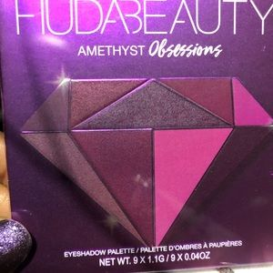 Huda beauty amethyst obsession palette